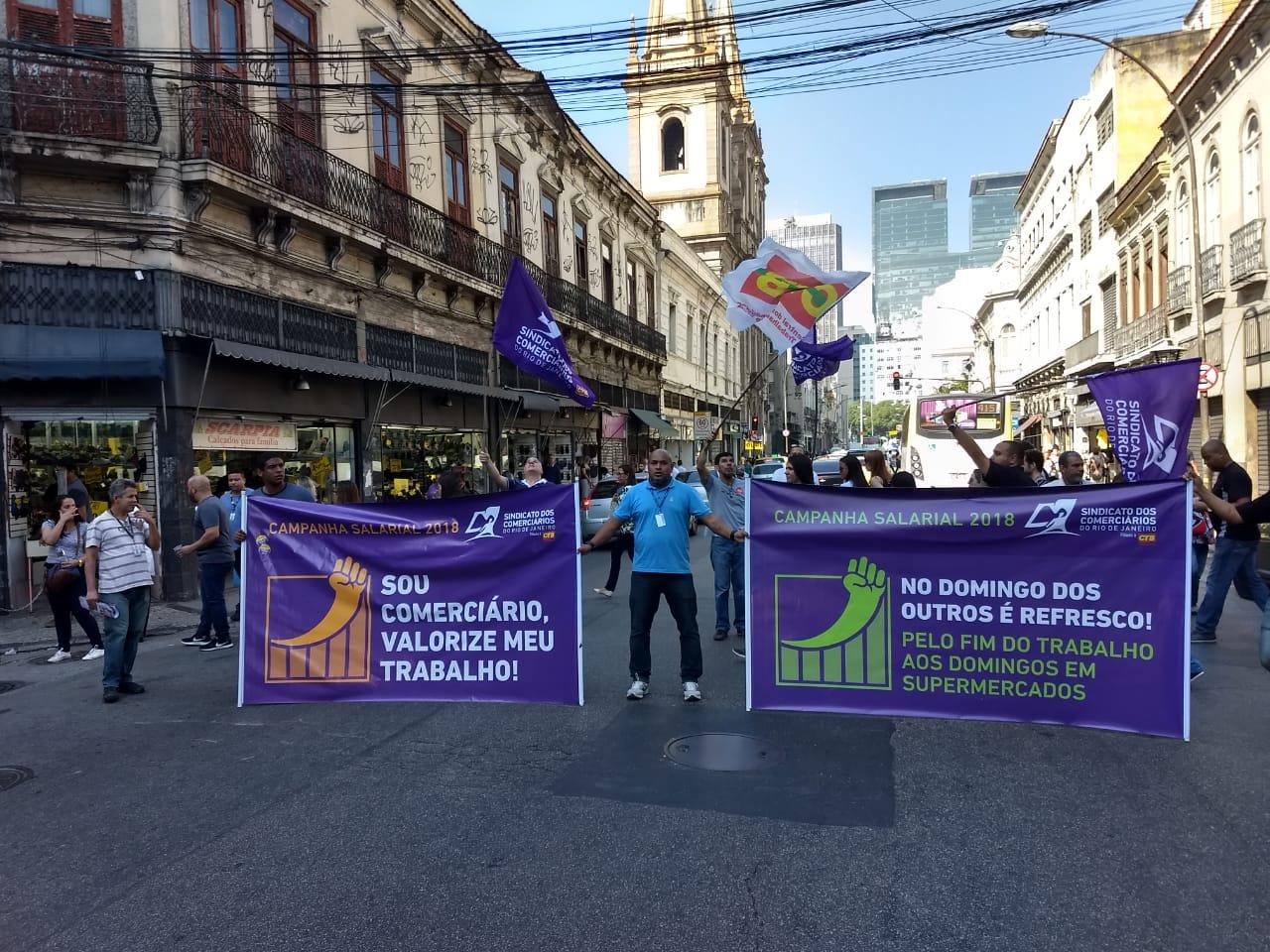 Comerciários do Rio não aceitam redução de direitos e podem paralisar